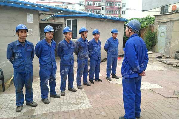 东方炉衬施工团队