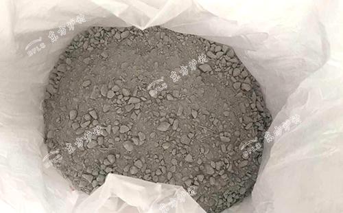 磷酸盐浇注料配比时会出现的问题