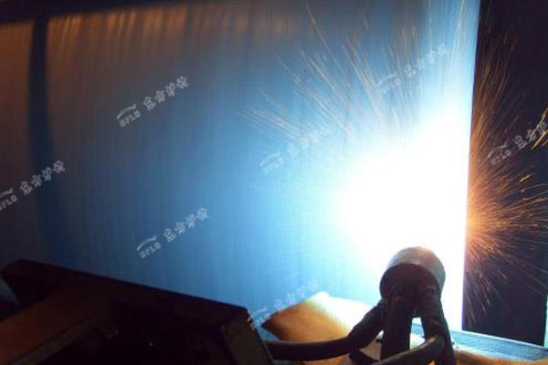 煤粉炉炉膛水冷壁管受热面磨损的解决方案