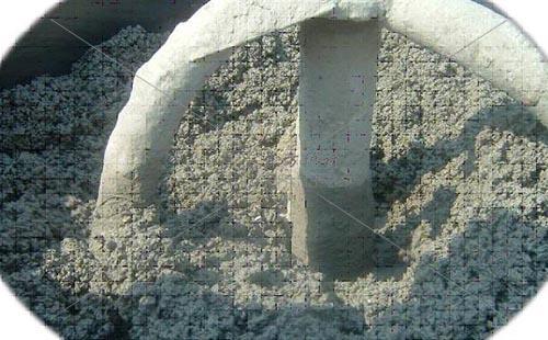 耐火水泥浇注料搅拌