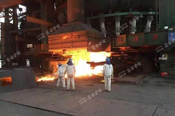 高炉出铁沟耐火材料