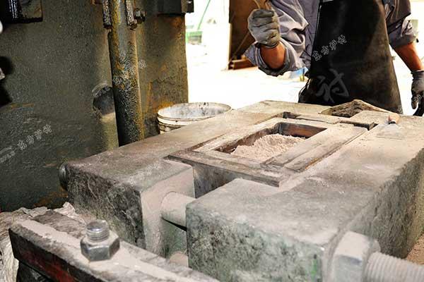 玻璃窑用耐火材料